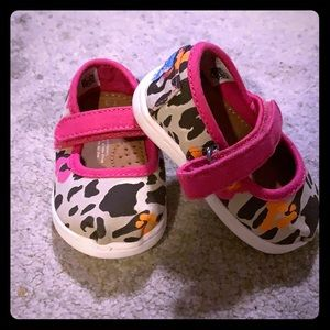 Toms baby girl shoes